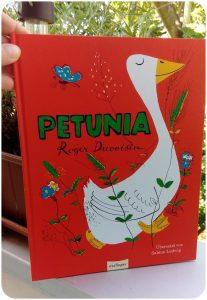 "alt=""Petunia"""