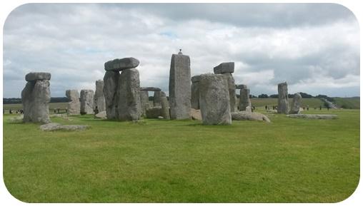 "alt=""Stonehedge 2"""