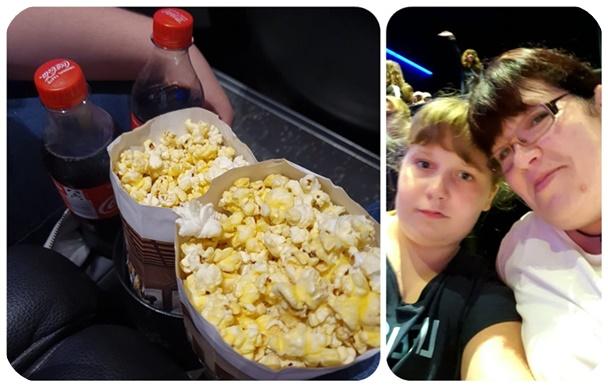 """alt=""""Popcorn im Kino"""""""
