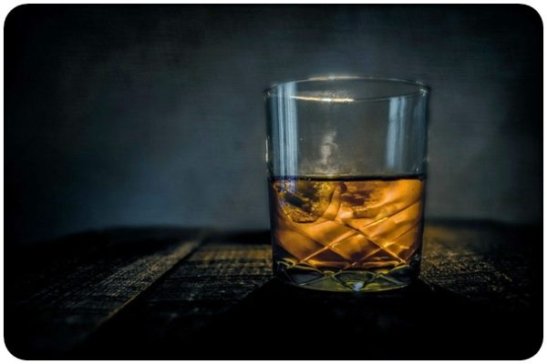 "alt=""Whiskey"""