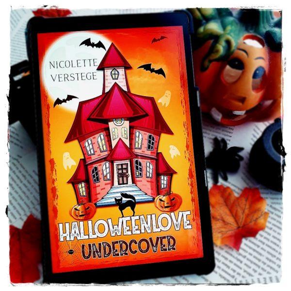 "alt=""Halloweenlove Undercover"""