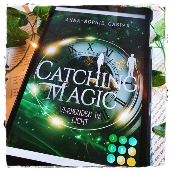 """alt=""""Catching Magic (2): Verbunden im Licht"""""""