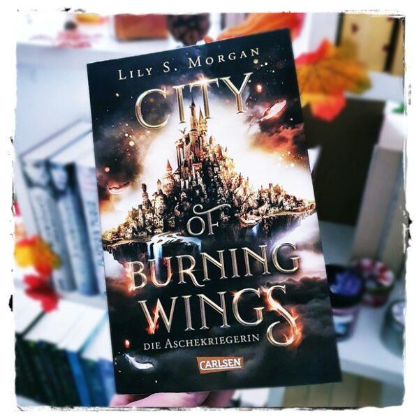 "alt=""City of Burning Wings. Die Aschekriegerin"""